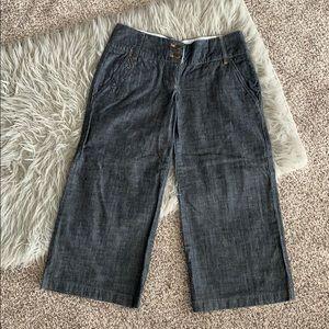 Size 5 Rampage Jean wash Capri pants